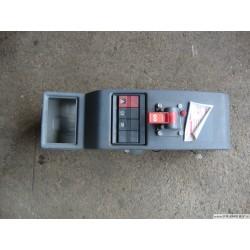 Cendrier et bouton TB - RENAULT G 210 (puncher)
